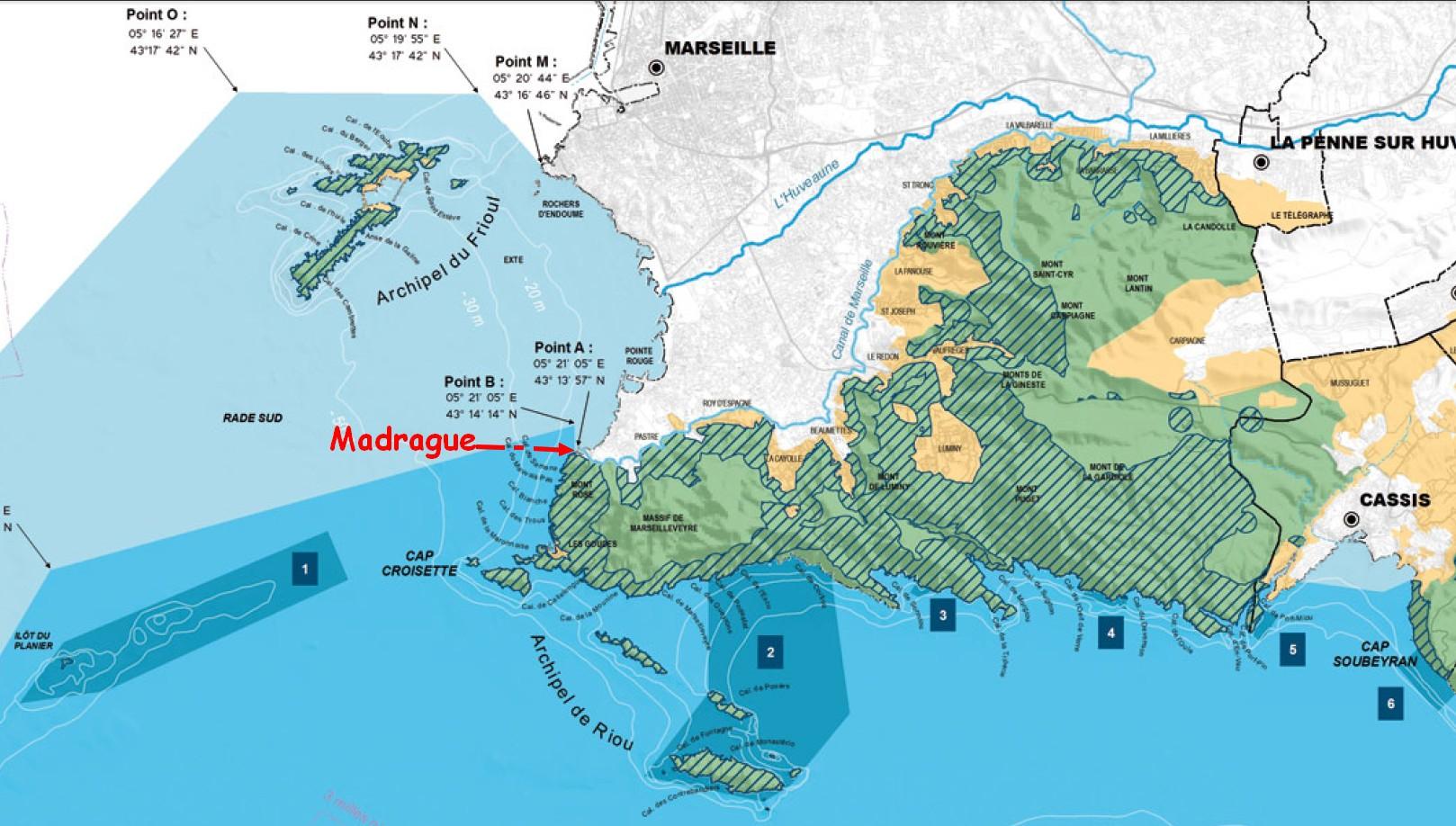 La Madrague et le site sur la carte du Parc national des Calanques